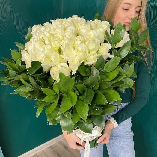 101 белая роза в необычной сборке😳