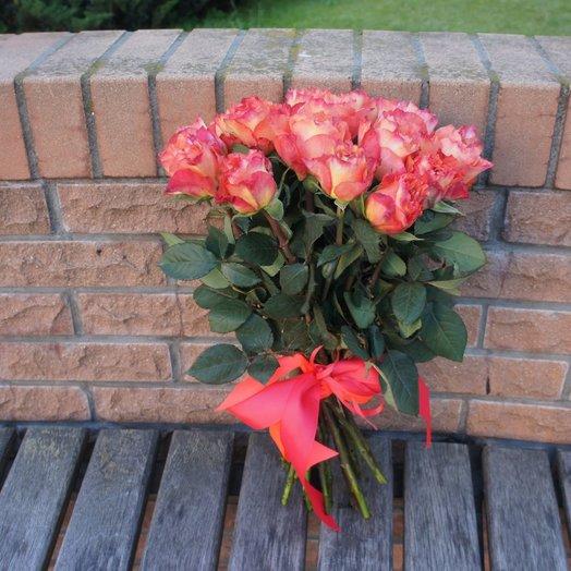 Пламенный закат: букеты цветов на заказ Flowwow