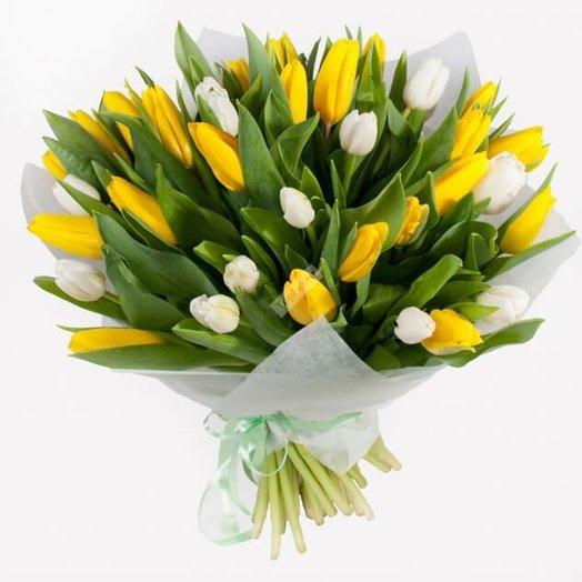 Букет из 33 тюльпанов