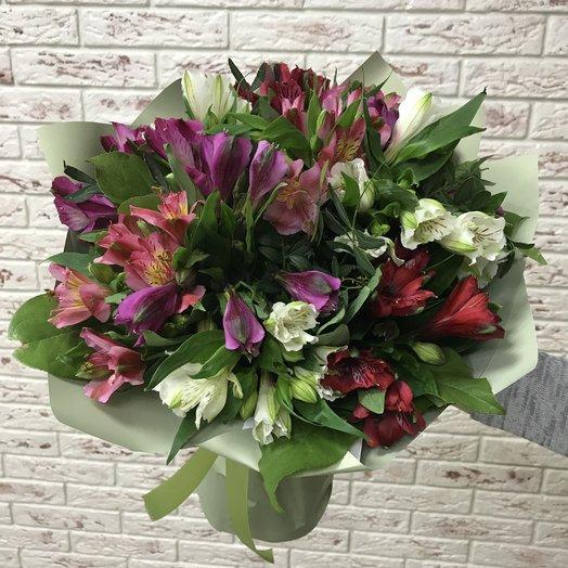 Альстромерия: букеты цветов на заказ Flowwow