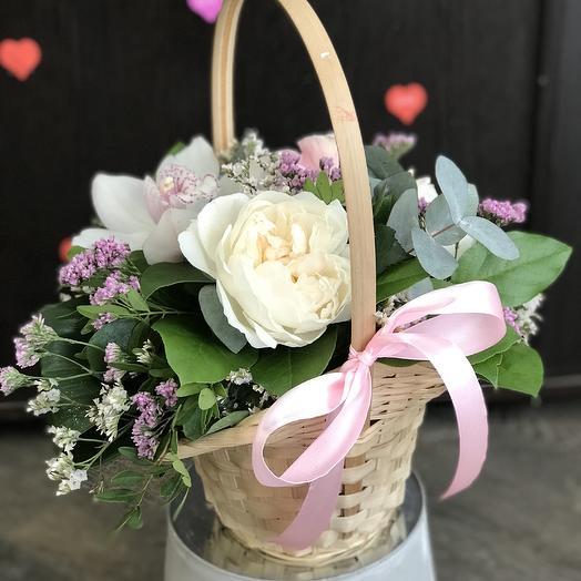Корзина радости: букеты цветов на заказ Flowwow