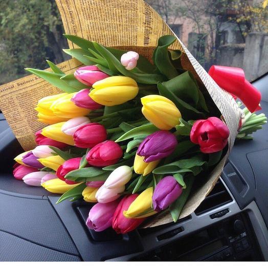 Микс букет из 31 тюльпана: букеты цветов на заказ Flowwow
