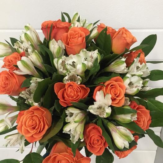 """Букет из роз и альстромерий """"Оранжевое настроение"""": букеты цветов на заказ Flowwow"""