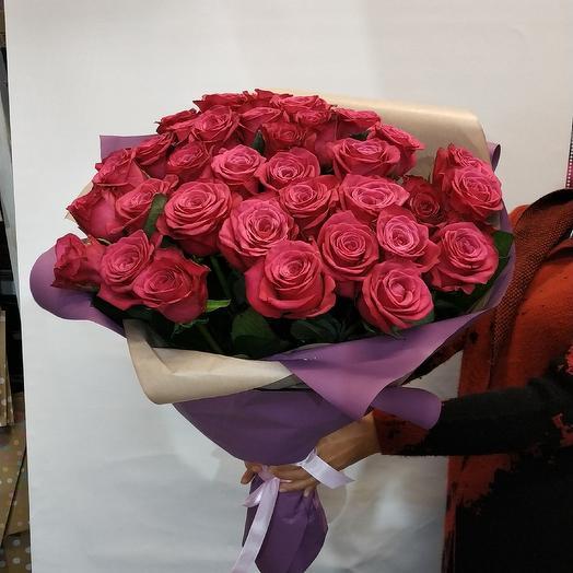 Букет шикарных крымских роз