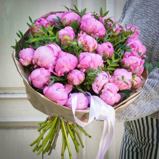 """Букет """"Малиновый Пион"""": букеты цветов на заказ Flowwow"""