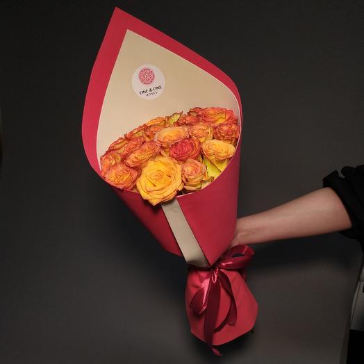 19 премиум роз Хай Меджик, Эквадор: букеты цветов на заказ Flowwow