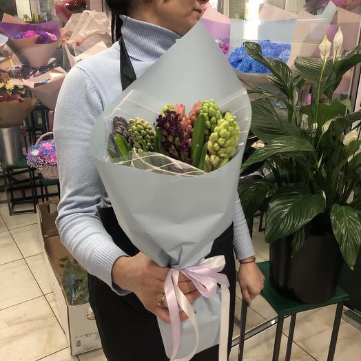 Букет гиацинты: букеты цветов на заказ Flowwow