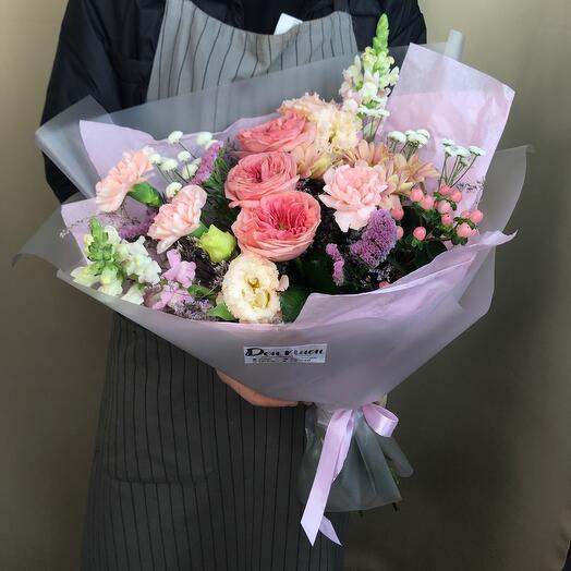 Букет из цветов «Для любимой»
