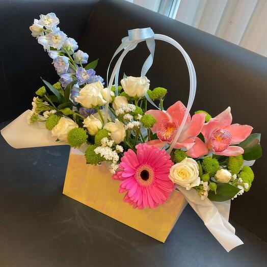 Цветы в сумочке