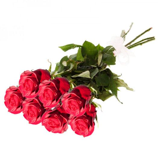 7 классических темно - красных роз