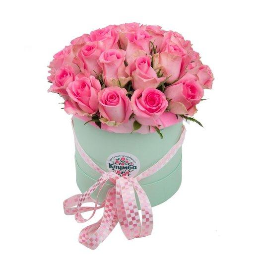 Фирменные розы в коробке
