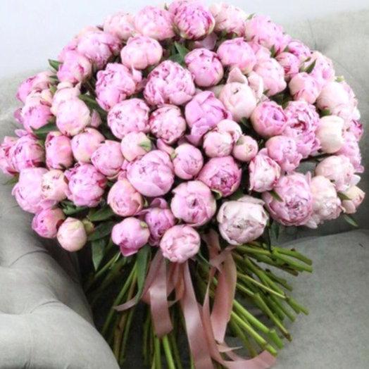 Букет из 100 розовых пионов: букеты цветов на заказ Flowwow