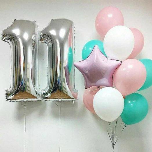 Две цифры и связка шаров: букеты цветов на заказ Flowwow