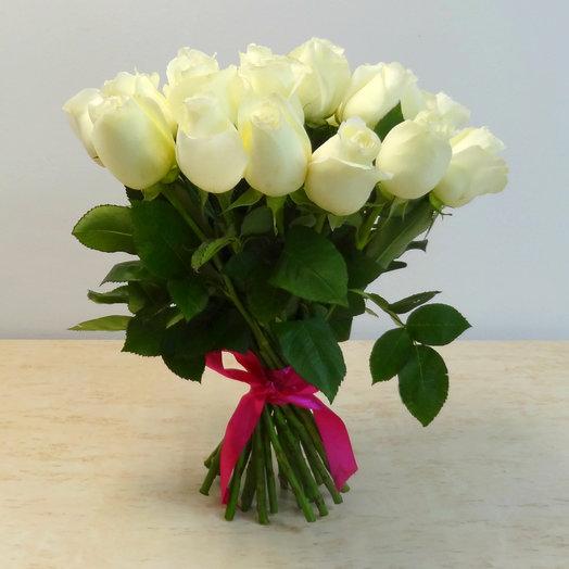 25 роз 50 см белые: букеты цветов на заказ Flowwow