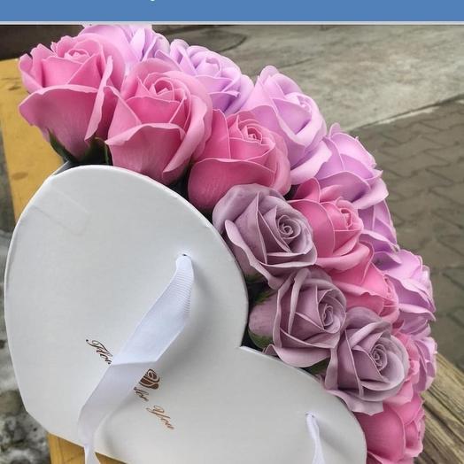 Лебедь: букеты цветов на заказ Flowwow