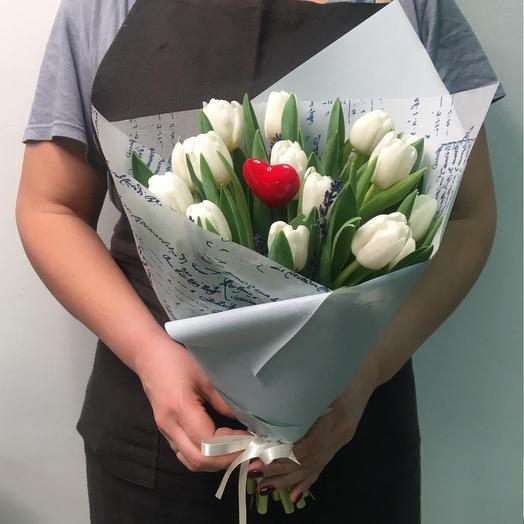 «Белоснежка»: букеты цветов на заказ Flowwow