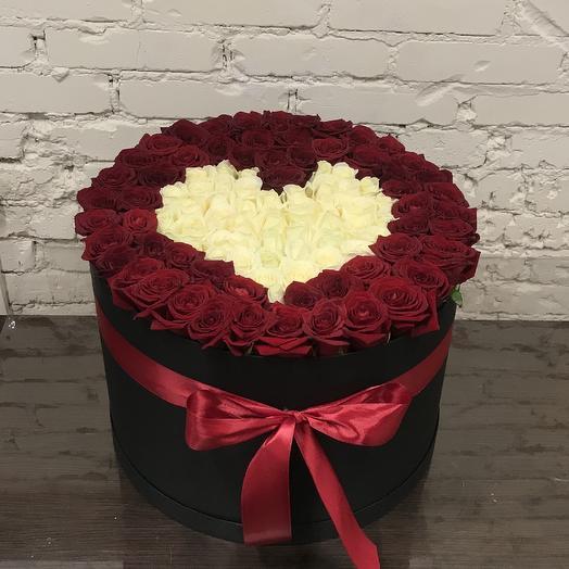 Коробка из 101 розы: букеты цветов на заказ Flowwow