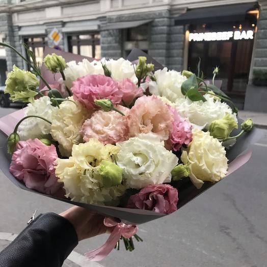 Шикарный лизиантус по супер цене: букеты цветов на заказ Flowwow