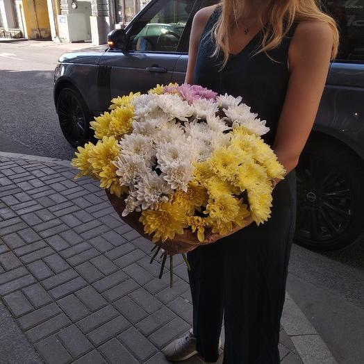 Пышная хризантема по супер цене: букеты цветов на заказ Flowwow