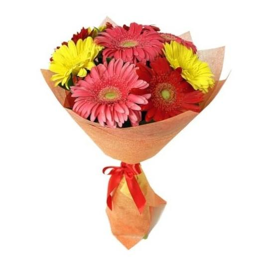 Разноцветные герберы: букеты цветов на заказ Flowwow