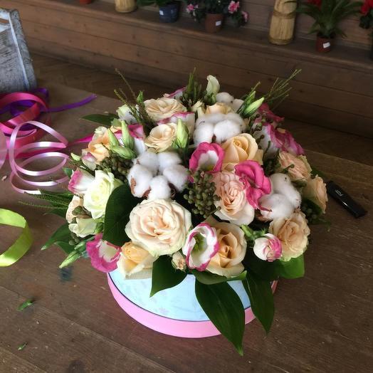 """коробка с цветами """"приятный сюрприз"""""""