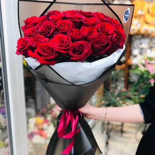 Изысканная классика: букеты цветов на заказ Flowwow