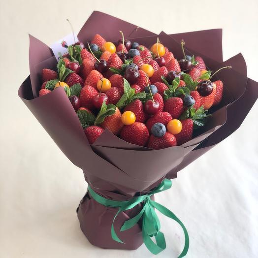Спелая черешня: букеты цветов на заказ Flowwow