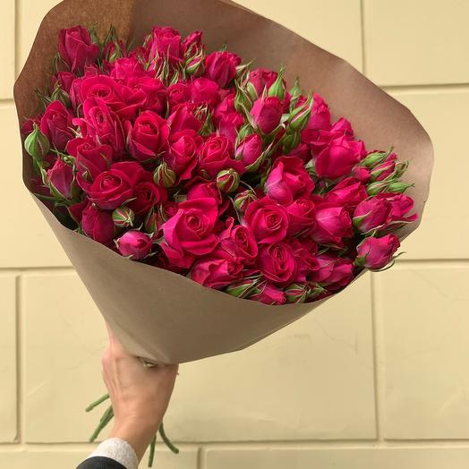 Моно-букет из кустовой розы