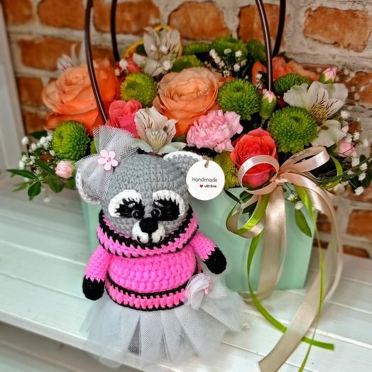 Цветы в сумочке+Енот(девочка,ручная работа)
