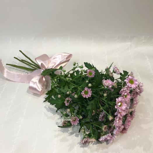 Букет из хризантем  с лентой
