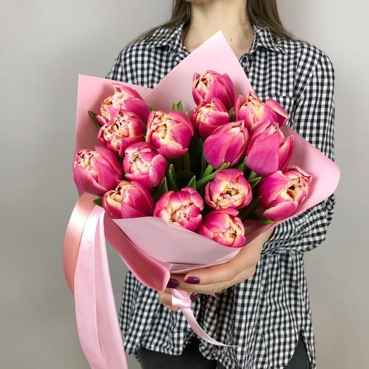 Букет из 15 пионовидных тюльпанов Коламбус