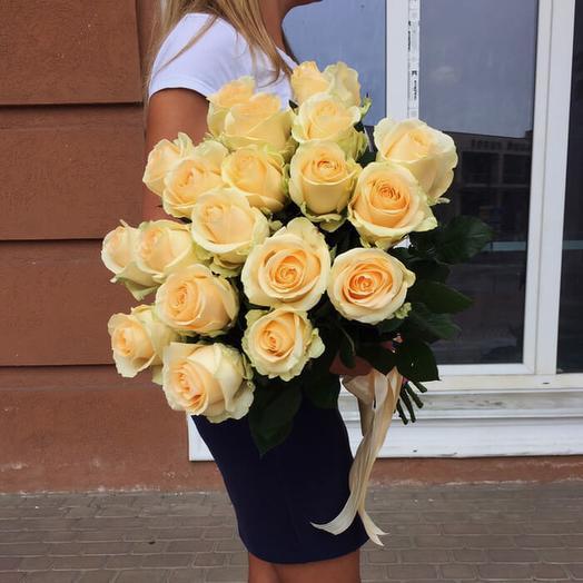 """19 персиковых роз """"Аваланж Пич"""" 60см"""