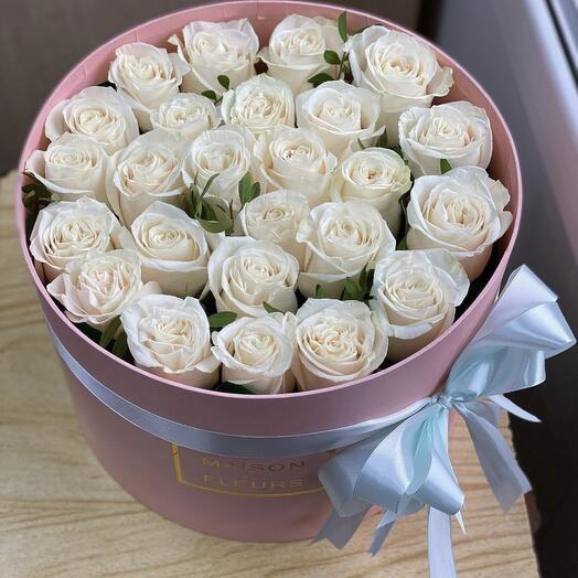 25 былых роз в коробки