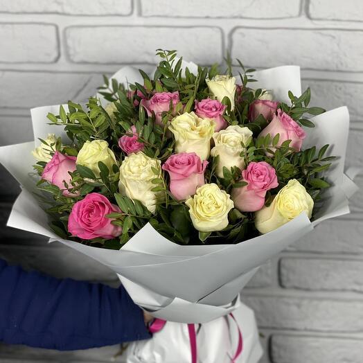 Розы микс 25