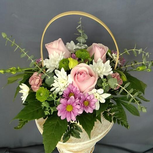 Корзина с цветами Велюр