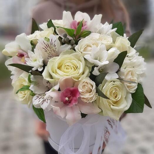 Цветы в коробке «Моё лето»