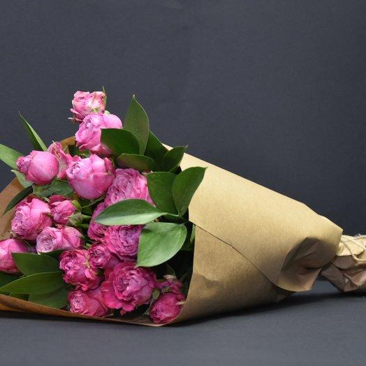 Романтический букет из кустовой розы: букеты цветов на заказ Flowwow