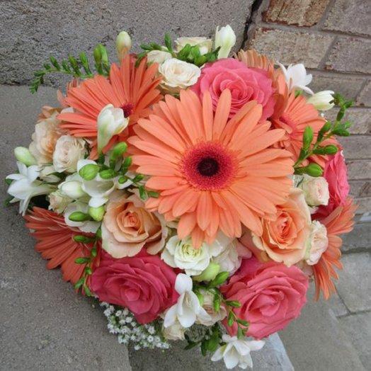 Крымское солнце: букеты цветов на заказ Flowwow
