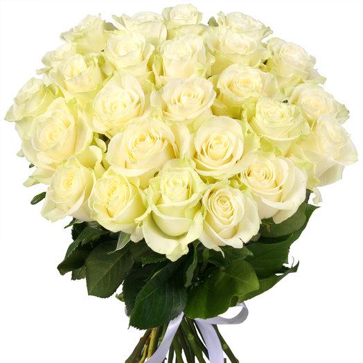 Букет из 25 белых эквадорских роз: букеты цветов на заказ Flowwow