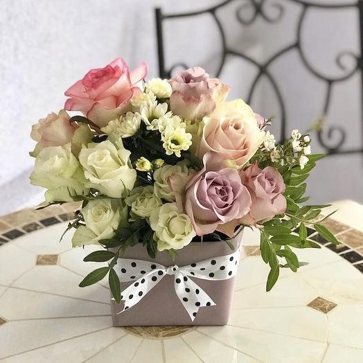 Коробочка Роз Очарование: букеты цветов на заказ Flowwow