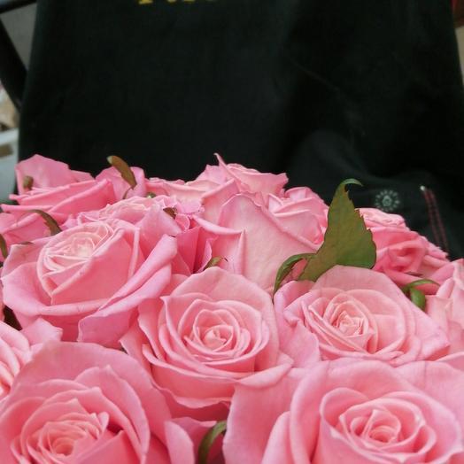 Роза розовая: букеты цветов на заказ Flowwow