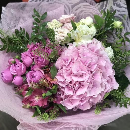 Букет «Прекрасной Фее»: букеты цветов на заказ Flowwow
