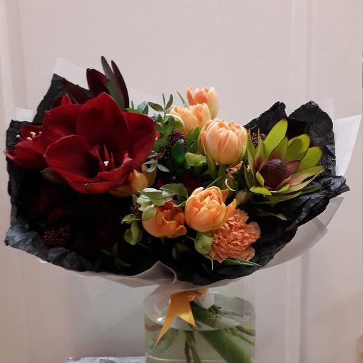 Букет Страстный: букеты цветов на заказ Flowwow