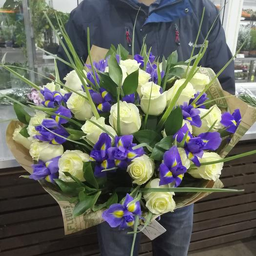Roses with blue iris: flowers to order Flowwow