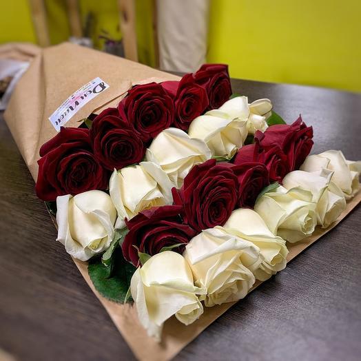 21 роза в оригинальном исполнении
