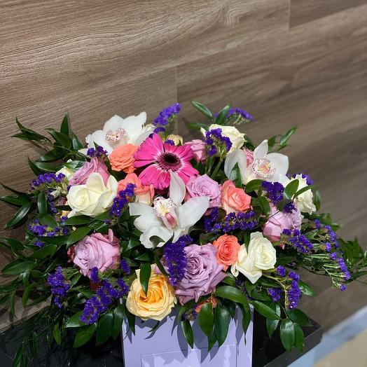 Салют с Сюрпризом: букеты цветов на заказ Flowwow