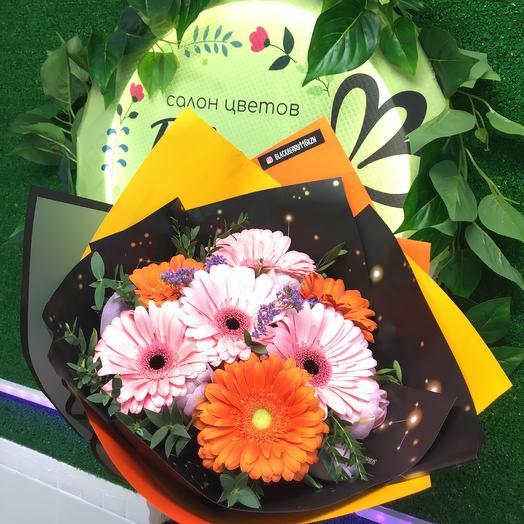 Герберы: букеты цветов на заказ Flowwow
