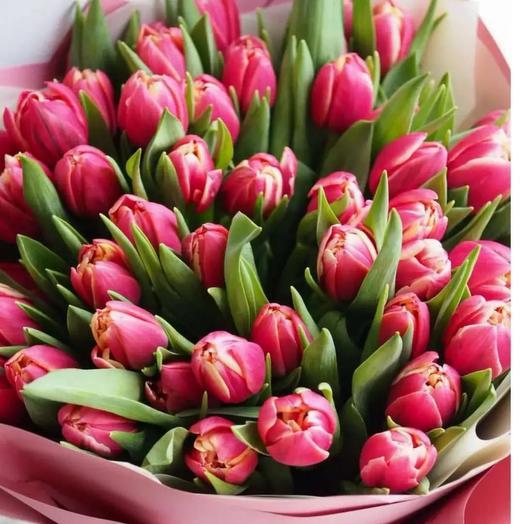 Букет тюльпанов пионовидных