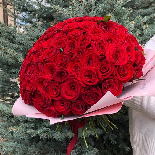 Flowers Lovers - 101 красная Роза в оформлении