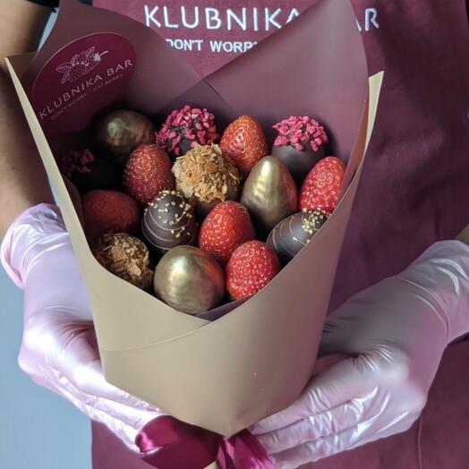 Букет из свежей клубники в шоколаде